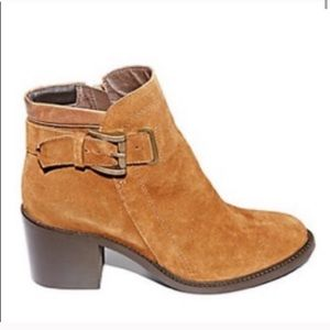 NEW Steve Madden Nabine Suede Leather Boots Tan 10
